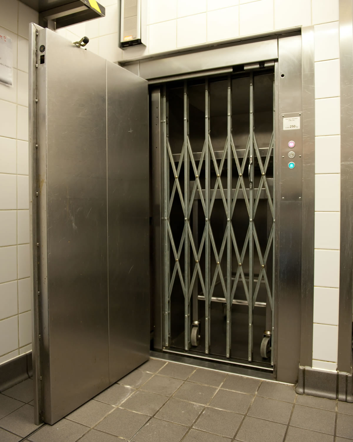 A full height hinged door at each entrance ensures full access to both sections simultaneously. A picket gate is fitted to the lift car entrance to prevent any goods from being misloaded and ensures the goods do not fall forward out of the car whilst the lift is in travel.